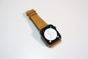 Apple Watch用のエルメス純正風の本革バンドがかなりのクオリティでした。